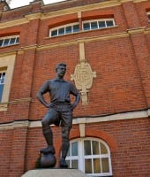 Fulham - Craven Cottage Johnny Haynes statue
