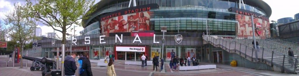 Emirates - udenfor - panorama - londonklubber
